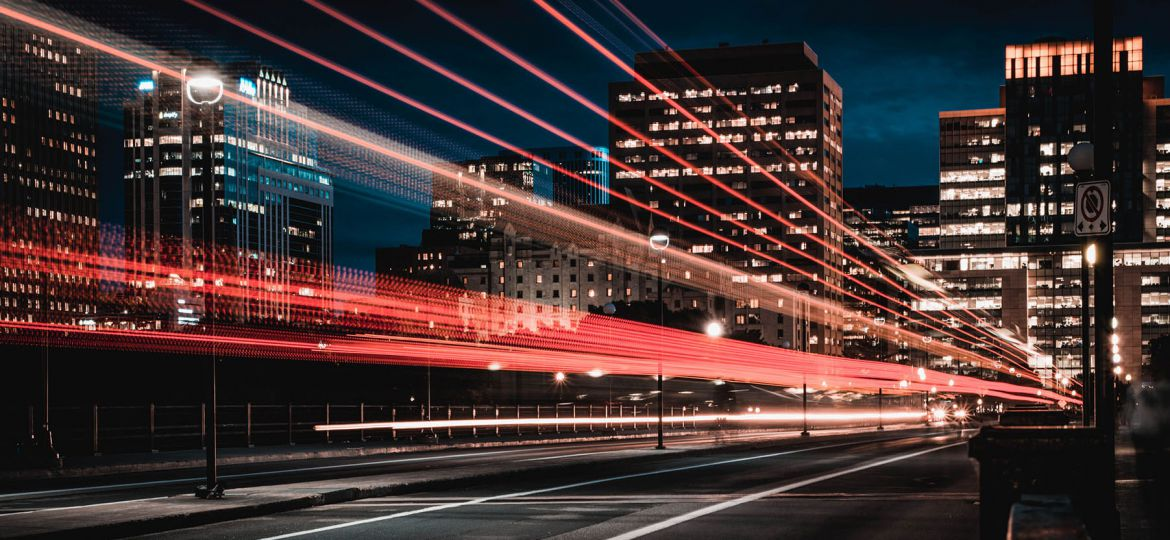 light-trail-building-street-night-smal2l
