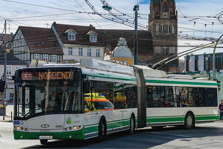 o-bus-2151318_1920