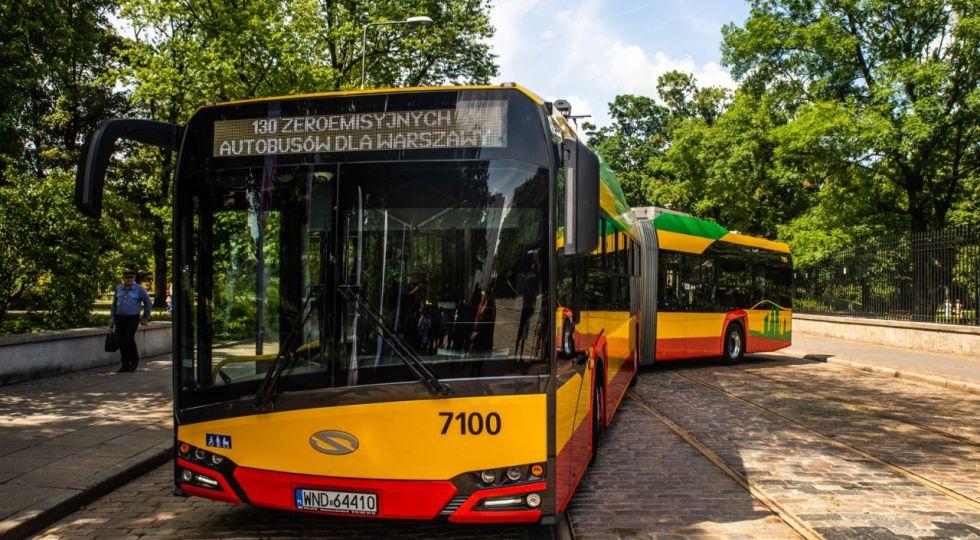 130autobusow_003 E. Lach