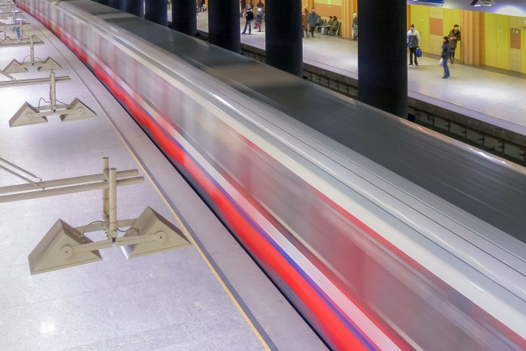 metro-1662167_1920