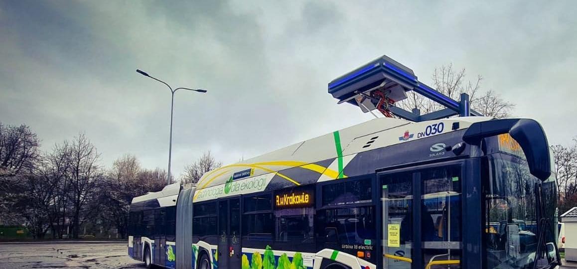 Przegubowy autobus elektryczny Solarisa